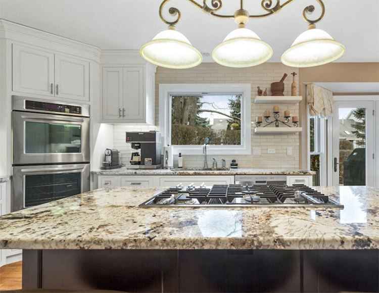 A Naperville Kitchen Remodel Combines Old and New Beautifully